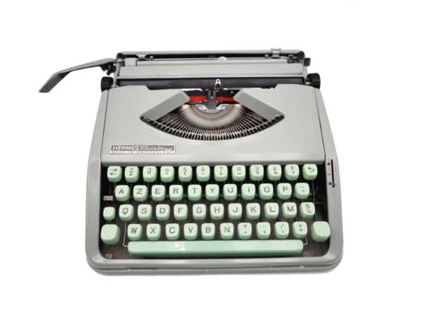 Machine à écrire Hermes Baby Verte tilleul révisée ruban neuf 1965