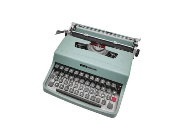 Olivetti Lettera 32 Bleu révisée ruban neuf #iconic