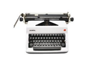 Machine à écrire Olympia Blanche SM 9 révisée ruban neuf